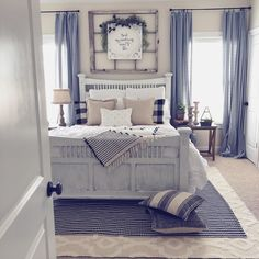 56 Best Farmhouse Bedroom Furniture Design Ideas And Decor - Page 27 of 56 - Best Living Room Farmhouse Bedroom Furniture, Bedroom Furniture Design, Farmhouse Master Bedroom, Master Bedroom Design, Cozy Bedroom, Dream Bedroom, Bedroom Decor, Bedroom Inspo, Bedroom Ideas