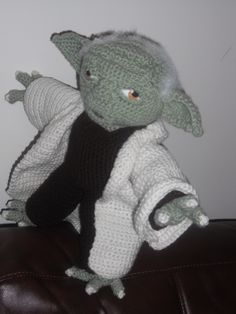 free crochet yoda doll pattern