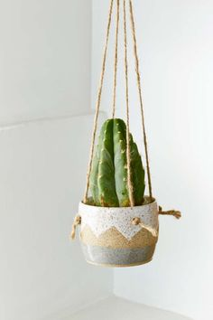 Small Spells Zig Zag Hanging Planter