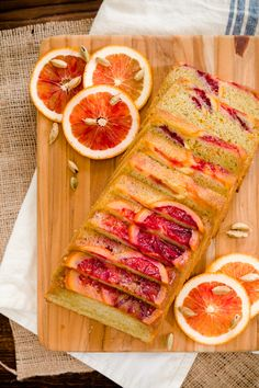 This blood orange and cardamom olive oil pound cake is overflowing with the rich spice of cardamom, sweet splashes of vanilla, and the tart pucker of blood oranges. Fun Baking Recipes, Dessert Recipes, Bread Recipes, Cake Recipes, Cooking Recipes, Pound Cake Cupcakes, Pound Cakes, Orange Olive Oil Cake, Olive Oil Bread