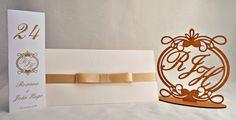 convites reais, festas de sucesso: CASAMENTO    Convite e papelaria e topo de bolo personalizados para um casamento estilo clássico e com muita sofisticação, escolha perfeita!! Parabéns ao casal Roxana e João Hugo!!!  (festa dia 24 de setembro de 2016 - Pelotas-RS)  #casamento #festas #inkgraffestas #convites #perfeitos