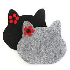 Baharın Renkleri Keçe Kedili Bardak Altlığı Sewing Crafts, Sewing Projects, Cat Coasters, Felt Cat, Felt Decorations, Animal Pillows, Felt Fabric, Mug Rugs, Felt Christmas
