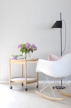 The Best Attic Bedroom Decor Home Living Room, Living Room Designs, Attic Bedroom Decor, Beautiful Living Rooms, Awesome Bedrooms, Fashion Room, Decorative Accessories, Area Rugs, Interior Design