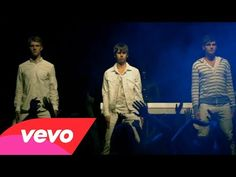 Foster The People - Houdini. Freakingly Awesome video. Must Watch. This is one Uniquely created video. Ooooo