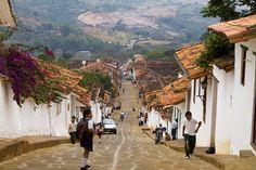 Colombia - Una vez visites Barichara, Santander, vas a sentirte en un hermoso set de película colonial.