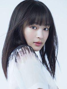 Suzu Hirose as Akiko Hasekura World Most Beautiful Woman, Most Beautiful Faces, Beautiful Asian Women, Beautiful People, Japanese Beauty, Asian Beauty, Japan Girl, Japanese Models, Sweet Girls
