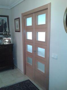Puerta de interior vidriera de 3 vidrios en chapa de haya for Puertas doble hoja interior madera