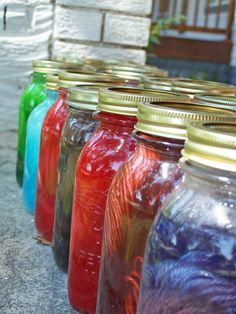dying yarn in mason jars