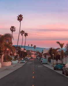 Travel California Los Angeles Bucket Lists 32 Ideas For 2019 Beautiful Places, Beautiful Pictures, Pretty Photos, Beautiful Sunset, The Beach, Pink Beach, California Dreamin', California Vacation, Venice Beach California