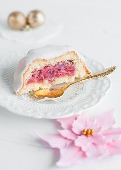 Lulu's Sweet Secrets: Pink Poinsettias and Apple Cranberry Charlotte Cake