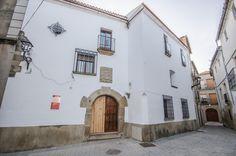 Edificio de la Alhóndiga en Coria, Cáceres