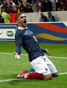 得点を喜ぶフランスのグリーズマン=1日、ニース(AP=共同) ▼2Jun2014共同通信|サッカー、仏と独ともに引き分け 国際親善試合 http://www.47news.jp/CN/201406/CN2014060201001362.html #Antoine_Griezmann