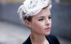 Bildergebnis für white hair pixie cut