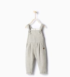 say goodbye to overalls when potty training starts! | make it easy to undress | set up your child for success