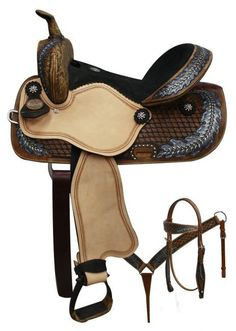 Double T Barrel Style Saddle w/ Oak Leaf Tooled Design & 15801 equine horse saddlery cowgirl cowboy breast collar headstall quarter mare rodeo trail Barrel Racing Saddles, Barrel Saddle, Western Horse Tack, My Horse, Horse Riding, Riding Gear, Dark Horse, Suede Leather, Black Suede
