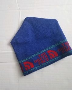 The North Face Logo Beanie Hat Wool Blend One Size Blue Red ski cap OSFA  winter 21d95ea7eeb0