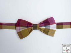 Boavista - Papillon artigianale realizzato interamente a mano Modello: Boavista Dimensioni: larghezza 11 cm e altezza 5,5 cm Motivo: quadrettato tonalità ocra bianco magenta Materiale: 100% cotone Made in Italy