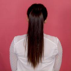 In wenigen Steps, sieht dein Pferdeschwanz voller aus!  Mehr tolle Hairstyles zum Nachmachen, findest du bei gofeminin.de – Lass dich auf der Suche nach einer neuen Frisuren inspirieren und klicke auf den Link!