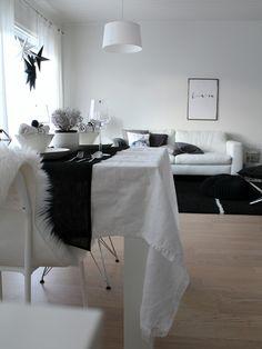 Scandinavian home / Christmas /Monochrome /kitchen /living room