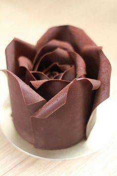 Chocolate art... a pleasing enjoyment both for the eye and your tasting buds!