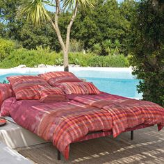 Wunderschöne Bettwäsche in  feinster Mako-Satin-Qualität von bassetti