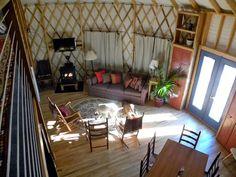 yurt interior so cool!