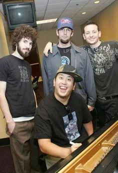 I always love the old LP,I mean that when they were so young and Joe looked freaking cute :))
