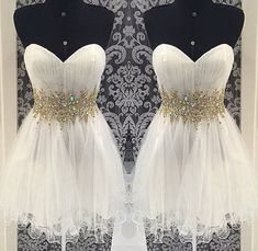 Stunning Rhinestones Ball Gown Sweetheart Neckline Mini Homecoming Dress Prom Dress Bridesmaid dress