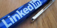 8 Secrets to Building a Stunning LinkedIn Profile