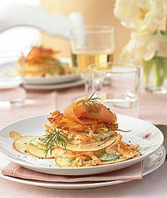 Waldorfsalat mit Lachs - Rezepte - [LIVING AT HOME]