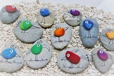 """Find and save images from the """"Kreativ - Rock / Stone / Pebble Art"""" collection by Gabis Welt :) (gabi_zitzen) on We Heart It, your everyday app to get lost in what you love. Pebble Painting, Pebble Art, Stone Painting, Stone Crafts, Rock Crafts, Arts And Crafts, Rock Painting Patterns, Rock Painting Designs, Caillou Roche"""