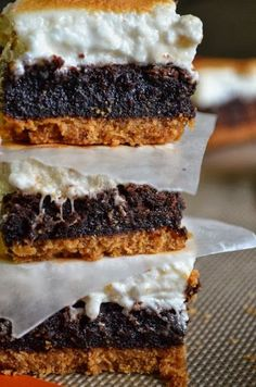 These past few days in Texas have been gloomy and rainy. Which, I do not mind so much, because it is always nice to get a break from the h. Brownie Recipes, Cookie Recipes, Dessert Recipes, Just Desserts, Delicious Desserts, Yummy Food, Yummy Treats, Sweet Treats, How Sweet Eats