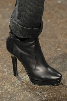 Donna Karan Slideshow on Style.com