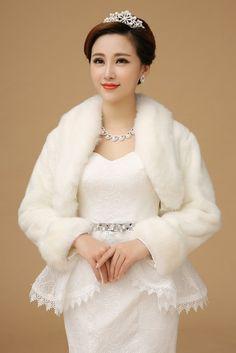 2015 High Quality Party Jacket For Women Bridal BoleroFaux Fur Wrap Winter Wedding Coats For Brides Fashion Bolero Wedding Cape Wechat:13862114639 Tel:13862114639  Email Address: 13063873995@163.com Store:1404487