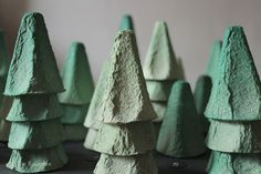 The walk in my little Advent forest last week apparently . You apparently enjoyed the walk in my little Advent forest last week. That pleases me. Diy Crafts To Do, Upcycled Crafts, Paper Crafts, Arts And Crafts, Preschool Christmas Crafts, Christmas Activities, Diy Niños Manualidades, Kindergarten Art Projects, Egg Carton Crafts