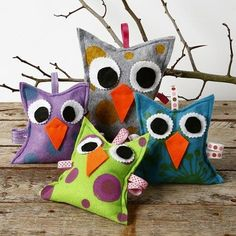 Owls with eyes and a beak made from plain felt with a decorative print on the front using a stamp and fabric paint. Christmas Ornaments, Sewing, Holiday Decor, Home Decor, Stamps, Dressmaking, Decoration Home, Couture, Room Decor