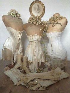 Mannequin Display, Dress Form Mannequin, Vintage Mannequin, Vintage Corset, Vintage Underwear, Vintage Lingerie, Vintage Dresses, Vintage Outfits, French Lingerie