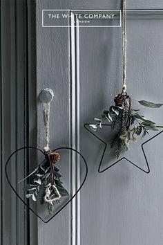 Black Christmas Trees, Cosy Christmas, Scandinavian Christmas, Rustic Christmas, Beautiful Christmas, Simple Christmas, Christmas Home, Christmas Crafts, Clay Christmas Decorations