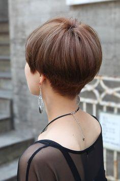 Wedge Hair Cuts Back | Back View of Cute Short Japanese Haircut - Back ...