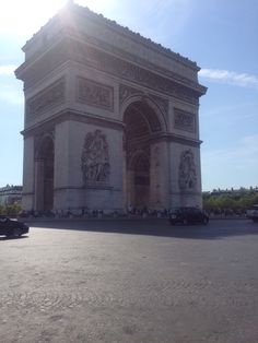 We made it! #ArcdeTriomphe