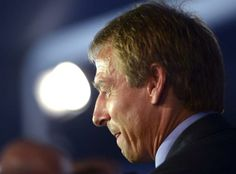 DPA10 COSTA DO SAUÍPE (BRASIL), 06/12/2013.- El seleccionador de Estados Unidos, el alemán Juergen Klinsmann se dirige a los medios de comun...