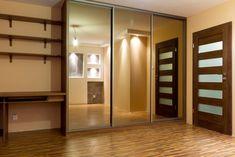 die besten 25 verspiegelte schiebet ren ideen auf pinterest spiegelt r schiebespiegelt ren. Black Bedroom Furniture Sets. Home Design Ideas