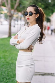 Model : Song Ngư Moon M.U.A & Hair : Jay Le Facebook : https://m.facebook.com/pety.smile?ref=bookmarks