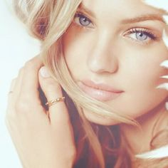 Candice Swanepoel...natural beauty