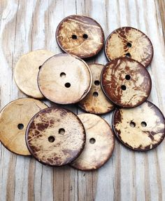SALE, Large coconut shell buttons wholesale, 38mm, natural coconut wood, 50 big buttons, perfect for sweaters, scarves, knitting, A053