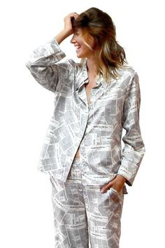 f4bb33b2175d Pajama top in Newspaper print – RECLINER