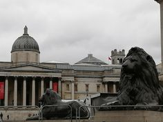 Like Liam says, there are lions everywhere in London! Trafalgar Square, Lions, Louvre, Fire, London, Building, Places, Travel, Big Ben London