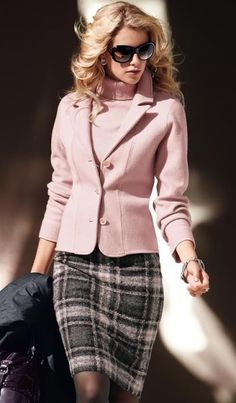 S classic work outfits for fall-winter trajes femininos, v Winter Office Outfit, Winter Outfits For Work, Office Outfits, Mode Outfits, Fashion Outfits, Outfit Winter, Fashion Ideas, Office Wear, Skirt Outfits