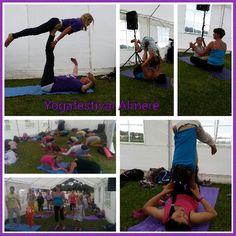 Ouder kind workshop door de Yogaboerderij bij Yogafestival Almere. We love yoga experience 2014. www.deyogaboerderij.nl