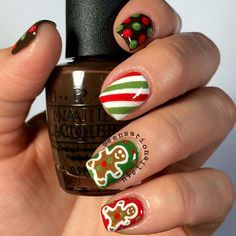 39 glitter gel nail designs for short nails for spring 2019 13 – JANDAJOSS. Holiday Nail Art, Christmas Nail Designs, Christmas Nail Art, Christmas 2015, Christmas Tree, Fingernail Designs, Gel Nail Designs, Cute Nail Designs, Fancy Nails